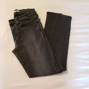 710 Levi Jeans